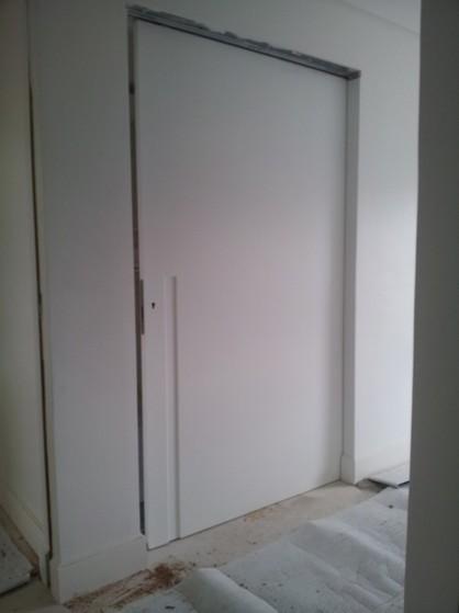 Loja Que Vende Porta de Correr Embutida na Parede Higienópolis - Porta Embutida Drywall