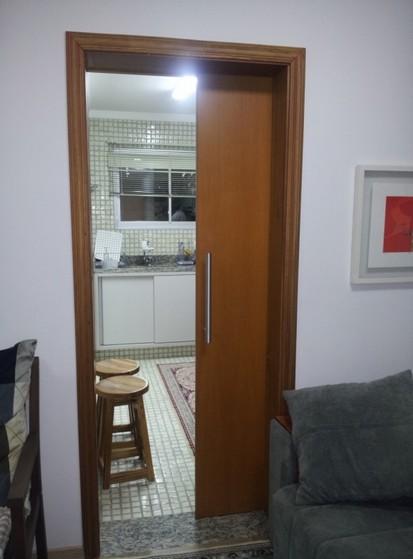 Orçamento de Porta de Correr para Cozinha de Madeira Santa Cecília - Porta de Correr para Cozinha