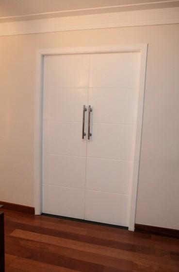 Porta de Correr de Madeira para Banheiro Jardim Bonfiglioli - Porta de Correr de Madeira para Banheiro