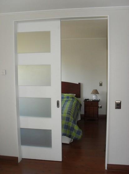 Porta Pivotante Branca com Vidro Grajau - Porta Pivotante Branca