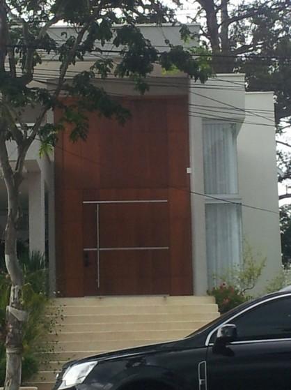 Porta Pivotante Sala Madeira Jardim Paulista - Porta de Sala Madeira Pivotante