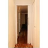 quanto custa porta de correr madeira para sala Vila Romana